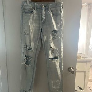 American Eagle size 6 tom girl ripped jeans